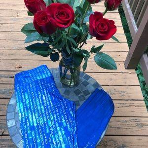 Blue digital design leggings. NWOT.